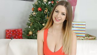 Fervent Stella Cox loves flashing the brush cleverage during interview