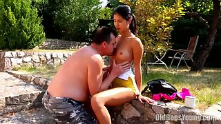 Real regional slutty chick spreads legs to get her wet pussy licked outdoors