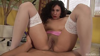 Stunning casting MILF rides gumshoe with the irritant like a pro
