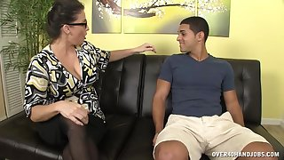 Mature Stacie Starr regarding glasses loves to satisfy guys regarding her hands