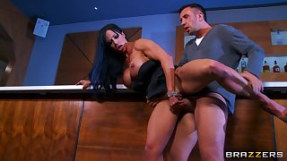 Cheating fit together Jewels Jade brutally fucked by three disturb hard dicks