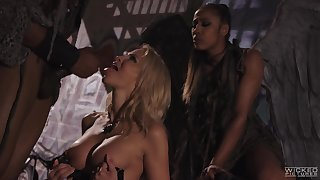 FFM threesome in outdoors with Jessica Drake and Misty Stone