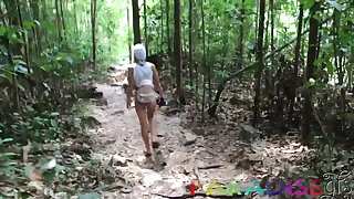 Vacation GF's lovemaking adventure in Thailand and that cutie just loves to fuck