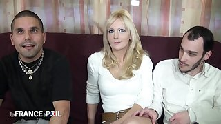 Frigidity France A Poil - Blonde Whore Takes One Cock In Pussy