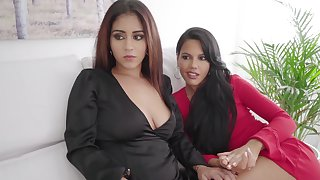 Homemade foursome with duo unintentional ladies' and three hot escorts